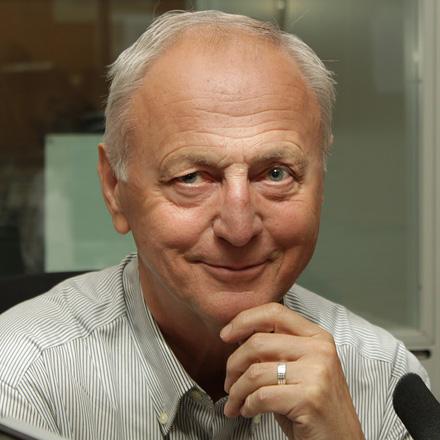 PhDr. Josef Louda - Nadační fond AROK