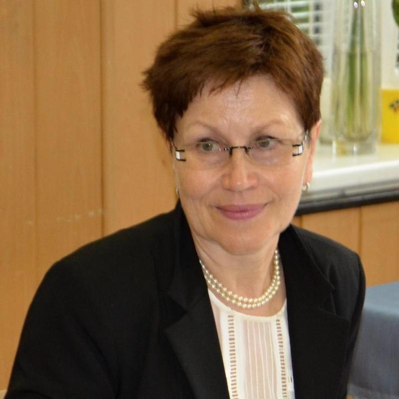 Mgr. Jana Poljaková - Nadační fond AROK